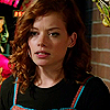 Jane_Levy_in_Suburgatory_Season_1_(137)
