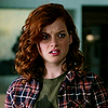 Jane_Levy_in_Suburgatory_Season_1_(282)