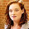 Jane_Levy_in_Suburgatory_Season_1_(32)