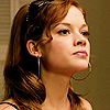 Jane_Levy_in_Suburgatory_Season_1_(64)