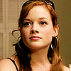 Jane_Levy_in_Suburgatory_Season_1_(70)