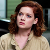 Jane_Levy_in_Suburgatory_Season_1_(1108)