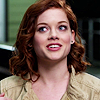 Jane_Levy_in_Suburgatory_Season_1_(1116)